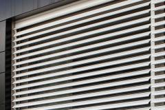 INKLINA - Profilo in alluminio a stecche orientabili motorizzato inklina1